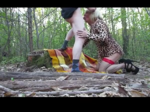 Bitch in the woods brittanys bod internet porn star
