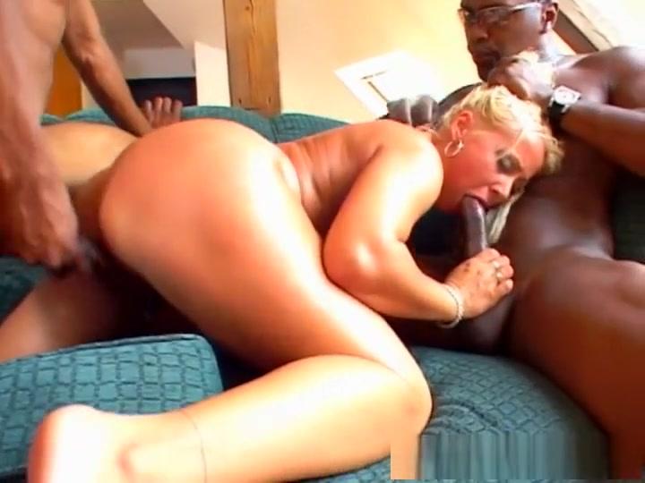 Hottest pornstar Melanie Crush in amazing blonde, gangbang porn scene