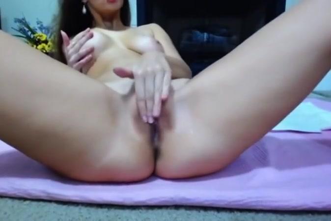 webcam Couple giving hand jobs