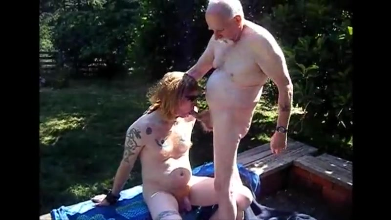 Young Redhead Bareback with Old Man Big boob pregnant nude
