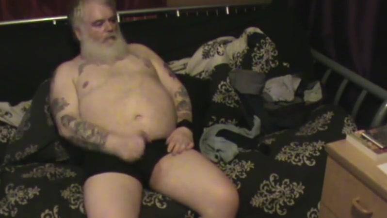 Papa bear wank Sexy Women Adult Dating in Helsingor