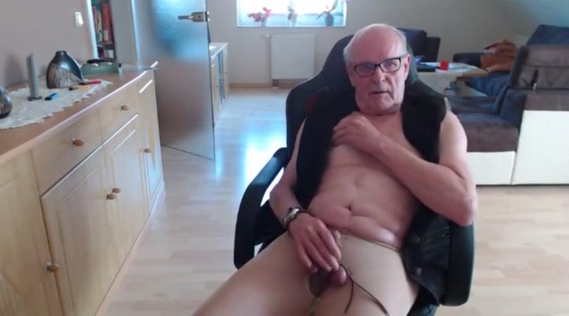 Wichsen in strupfhose south dakota girl porn