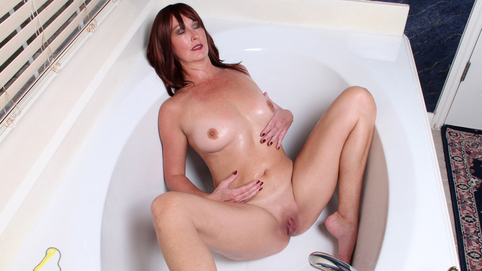 Lily in Water Stimulation - Anilos buycheap adult dvds uk