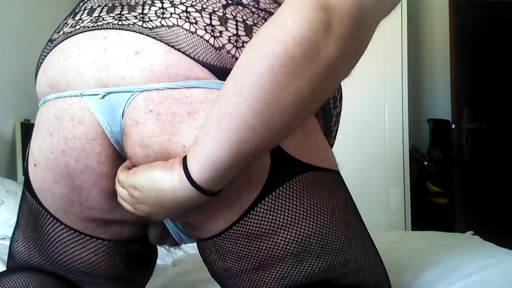 Cuming with dildo in my ass Lesbian girl masturbate her couple