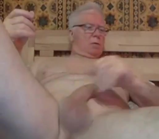 Grandpa stroke and play with a dildo on webcam Bbw pussy hairy pics