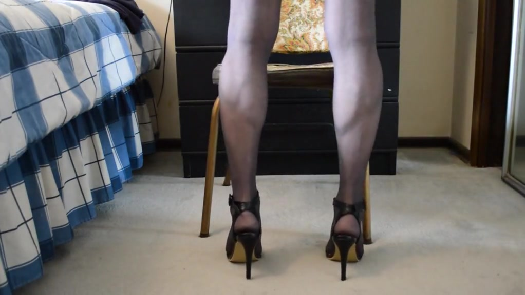 Upskirt pantyhose cock play what is a sex linked gene