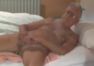 Grandpa cum on webcam 2 Thai massage berlin wedding