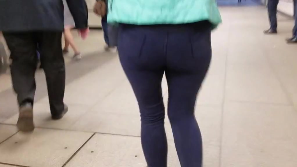 Booty round ass Unreal huge tits