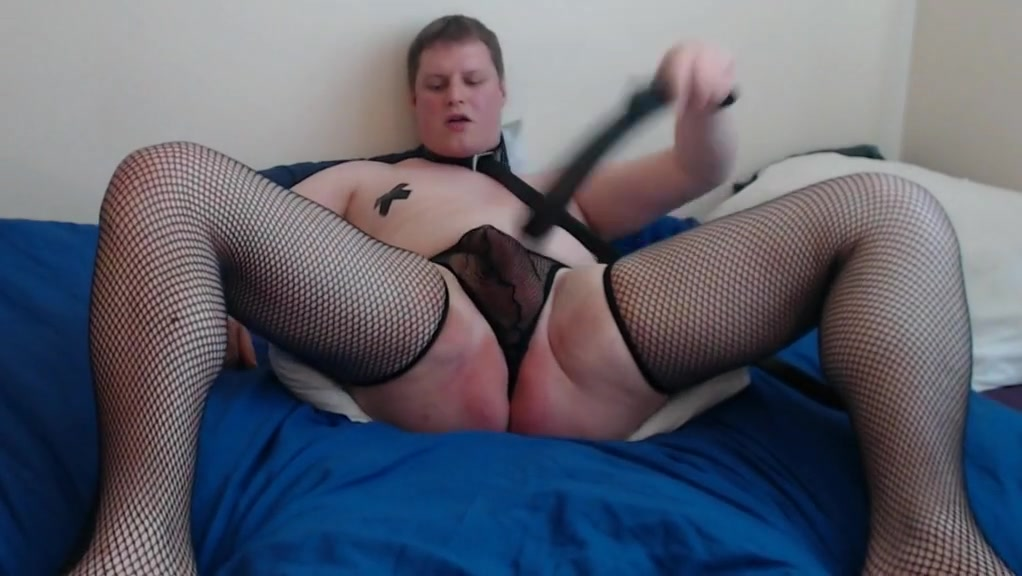 Submissive sissy slave self spanking for master Captivating Throat