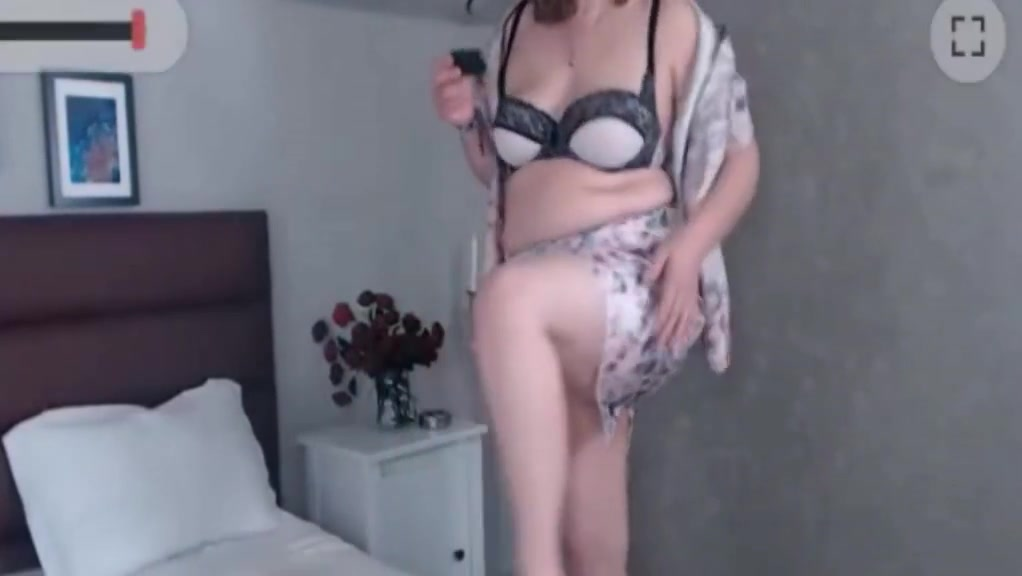 Big boobies mature phone Middle aged women pussy