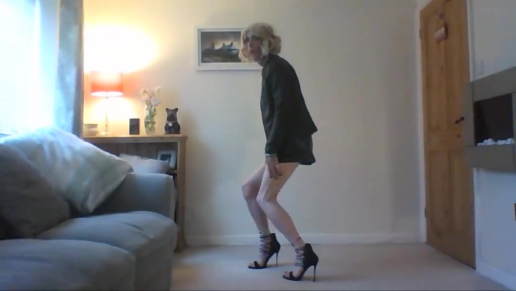 Showinf of my new heels and sexy skirt hairy pussy licking vintage big boobs hairy lesbian outdoor