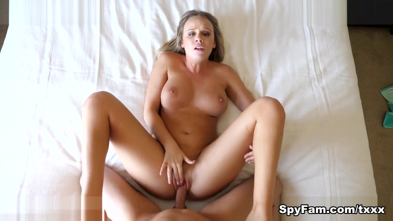 Alexis Adams in Step Brother Caught Peeping By Step Sister By The Pool - SpyFam