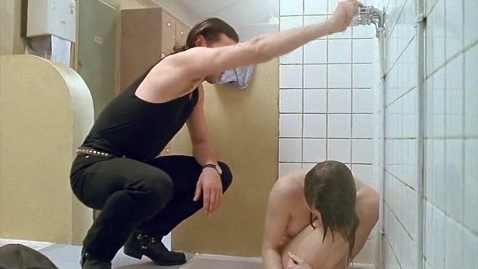 Tonya Kinzinger - Dancing Machine (1990) Married white male looking for a fun female in Pirgos