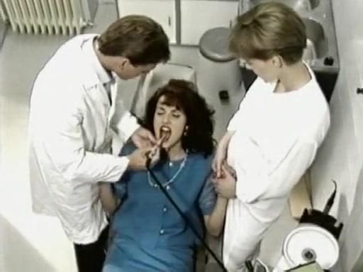 Francis Dore, Simona Valli, Judith Ramirez, Kathy Marceau - Il Diario Segreto di Simona (1994) Jordan capri anal