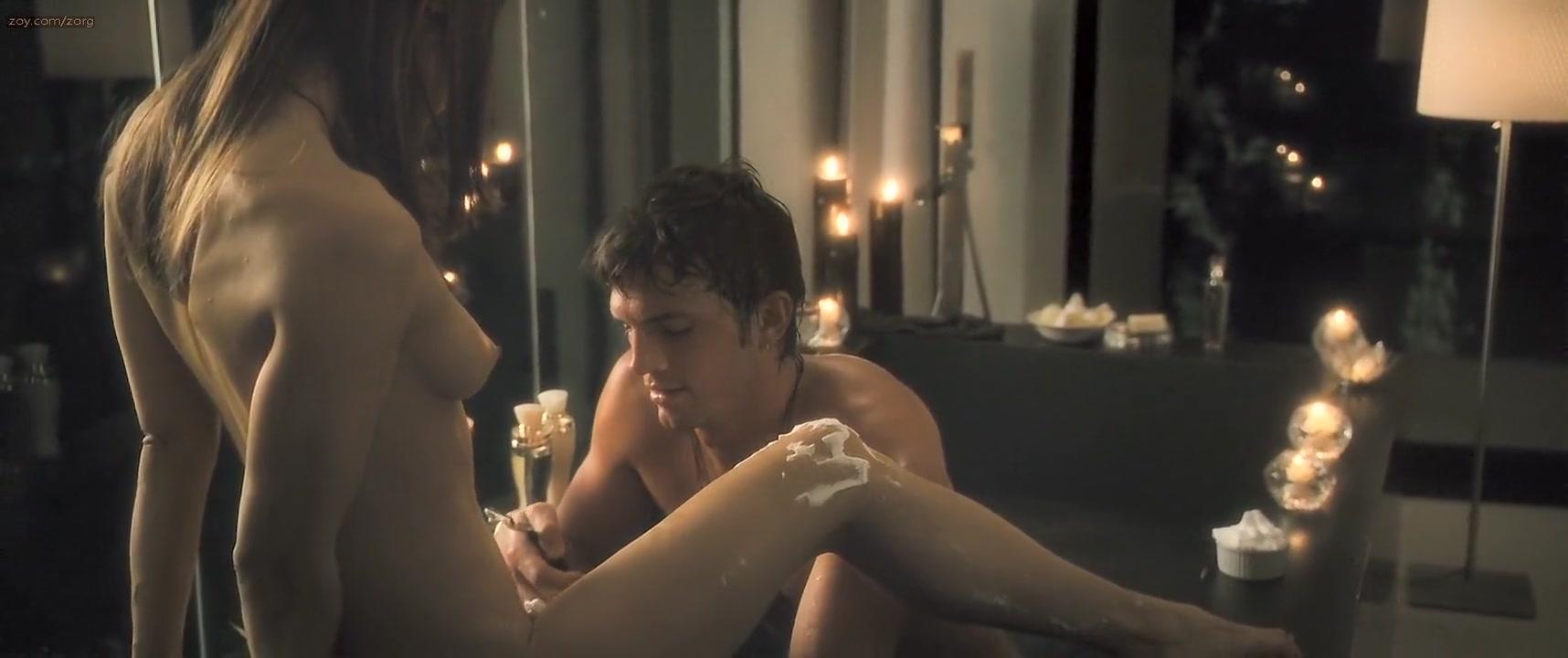Rachel Blanchard - Spread (2009) ww sex sex com