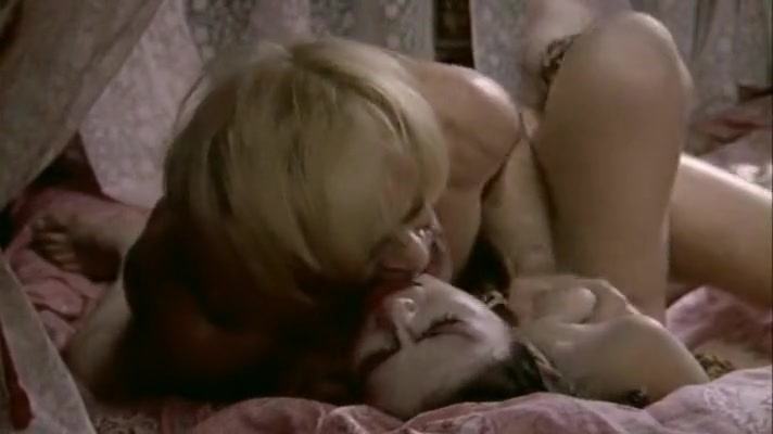 Isabelle Illiers, Arielle Dombasle in Les fruits de la passion Ada in horny couple playing anal games