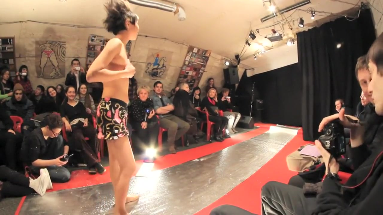 Naked Fashion Week Summer Panties Chat random alternatives