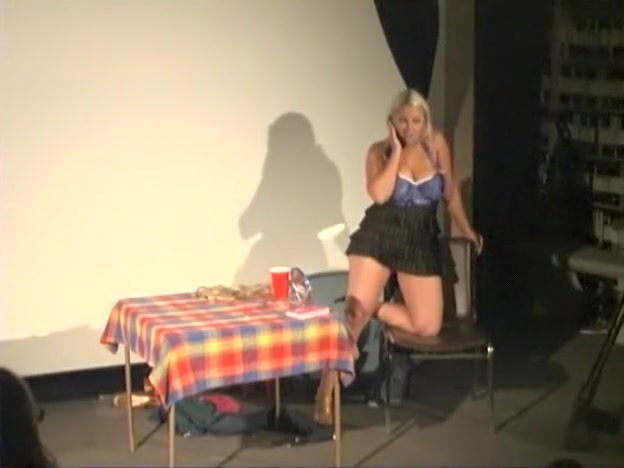 Naked on Stage NoS 184