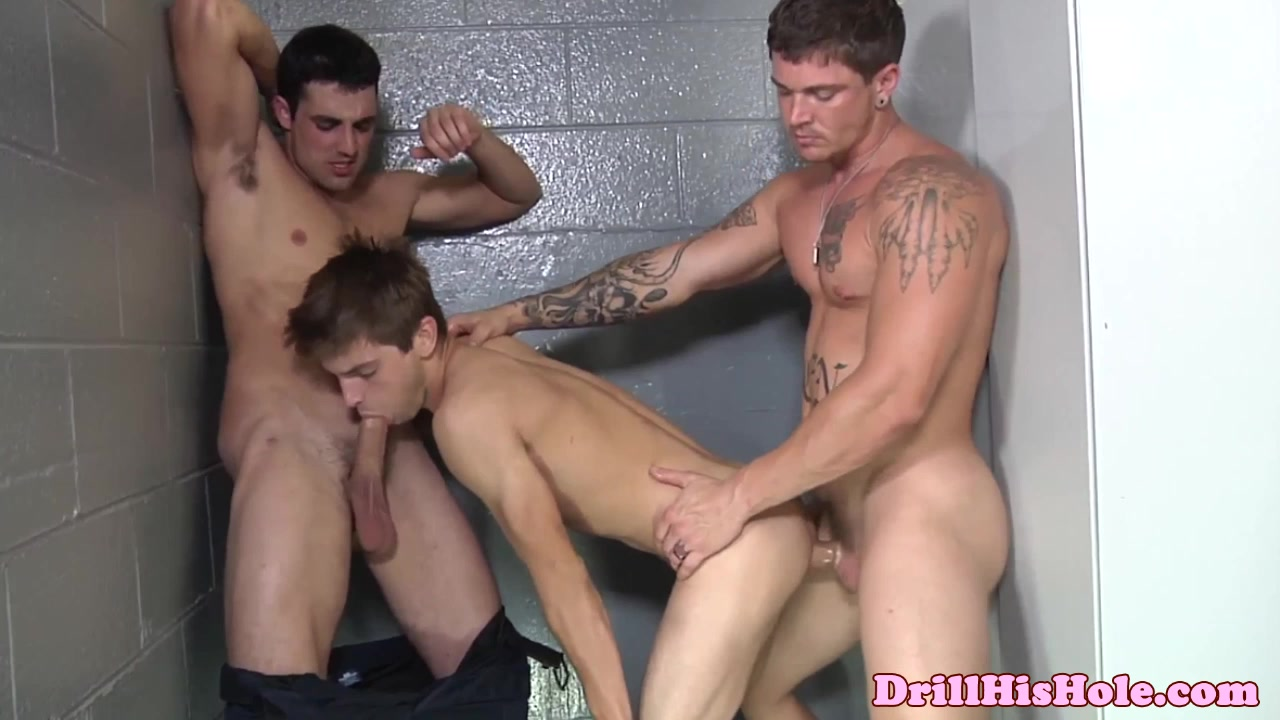 Bottom loving stud gets jizzed all over the princess has come of age porn