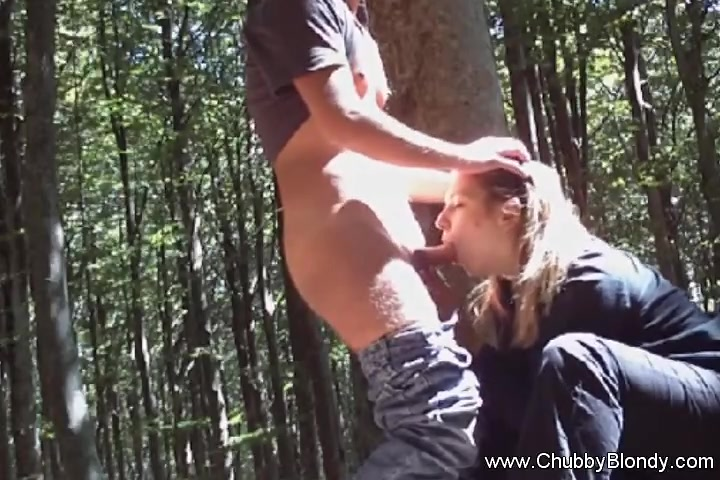 Outside Fuck Under The Tree In Italy Gangbang sex fuck