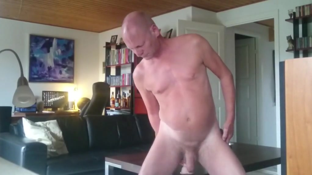 Hottest amateur gay clip with Sex, Daddies scenes Signs a shy girl likes you body language