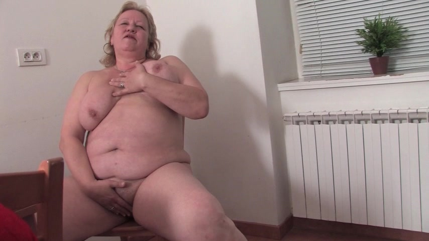 Blond Granny Alone Homemade milf videos.com