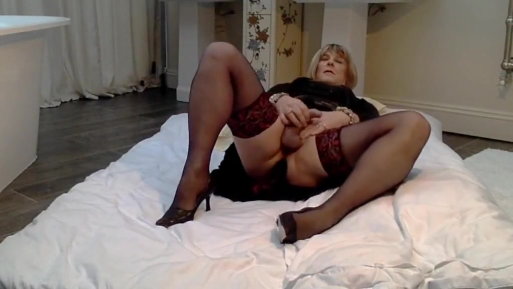 Carolyn in Lace Top Stockings Morman boys and masturbation
