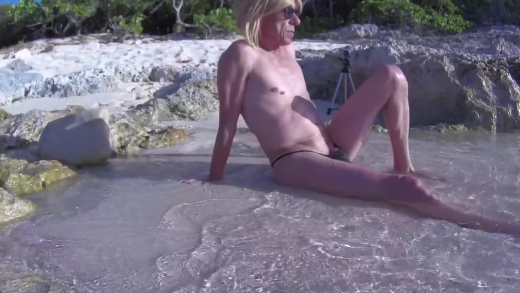 Herve fucked bareback sissy mya swallow at the beach 1 hidden cam neigbors naked