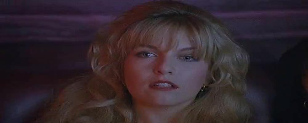 Sheryl Lee,Anne Gaybis,Moira Kelly in Twin Peaks: Fire Walk With Me (1992) Free ways to meet singles