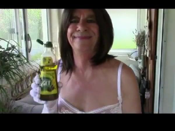 Clito huile entre les cuisses pour estheve Xxx free shemale porn