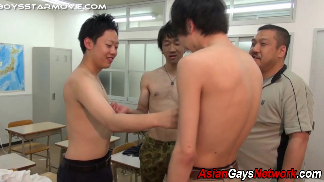 Japanese threeway stroke girls who love to swallow
