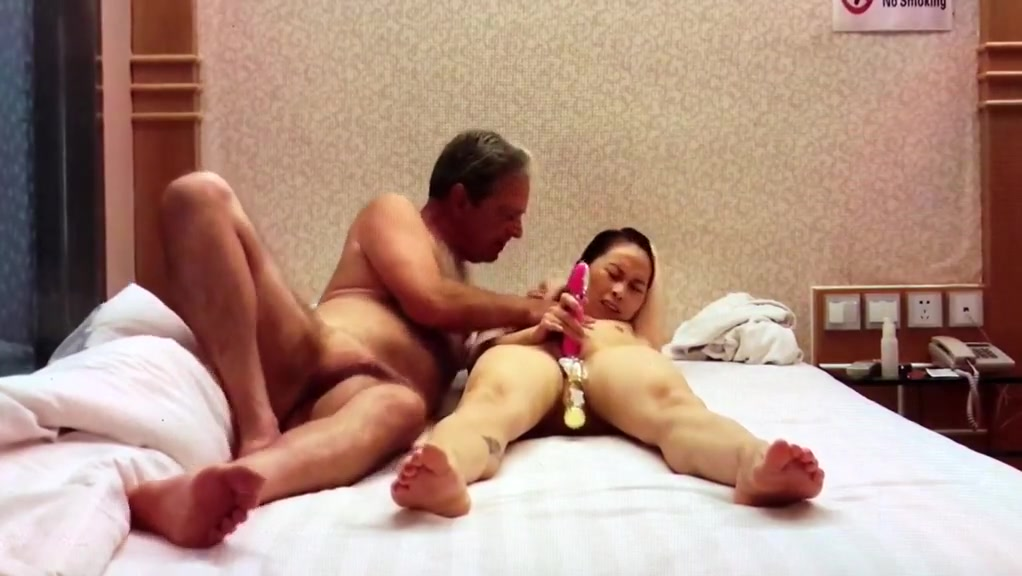 Playing with chinesegirlfriend tang in hotel Super busty asian alyssa nude