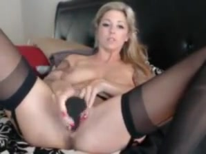 Seamed stocking pussy play
