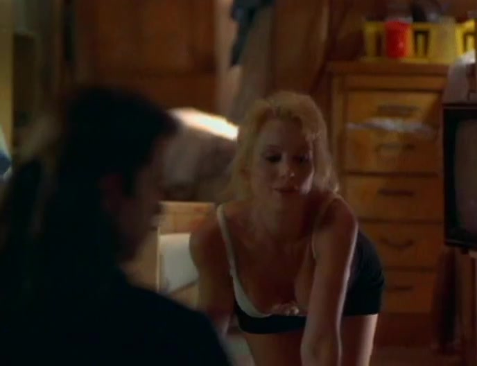 Nikki Fritz,Kimberley Kates,Kim Dawson,Frankie Thorn in Bad Blood (1994) How to use dating apps without facebook