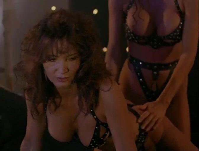 Julie Strain,Toni Naples,Rochelle Swanson,Kristina Ducati in Sorceress (1995) hot naked chinese girl pics