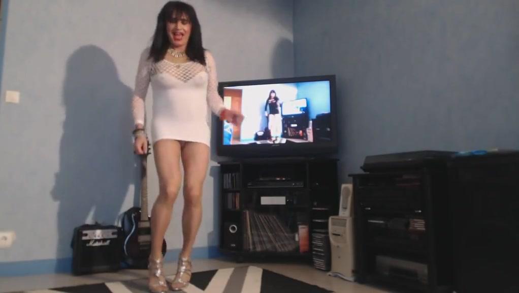 Gros seins de milf qui ballottent free online naked women games