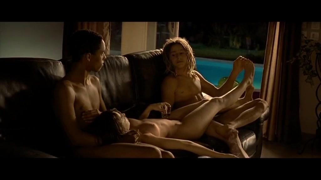 LA?opoldine Serre in Je Vous Aime TrA?S Beaucoup (2010) Men ravish women who admit they like it sex videos
