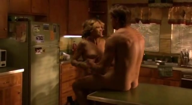 Nicki Aycox,Eva Amurri in Animals (2008) guy kissing girl naked on bed porn pics