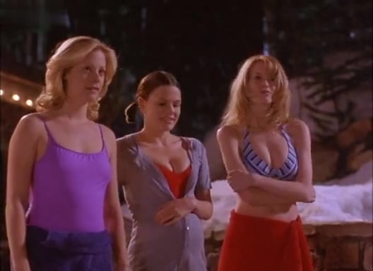 Alison Eastwood,Claudia Schiffer,Suzanne Cryer in Friends & Lovers (1999) Wife agrees to go on nude beach
