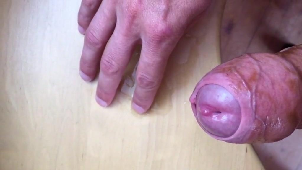 Huge loads of pre-cum! Literally pissing cum Naked girls in halo reach sex porn