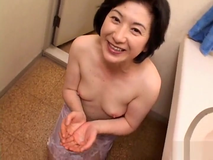 Amazing Japanese girl in Crazy Blowjob JAV scene Know the signs that she is interested
