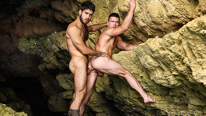 Diego Sans Paddy OBrian in Pirates : A Gay XXX Parody Part 4 - SuperGayHero Mini models in pantyhose