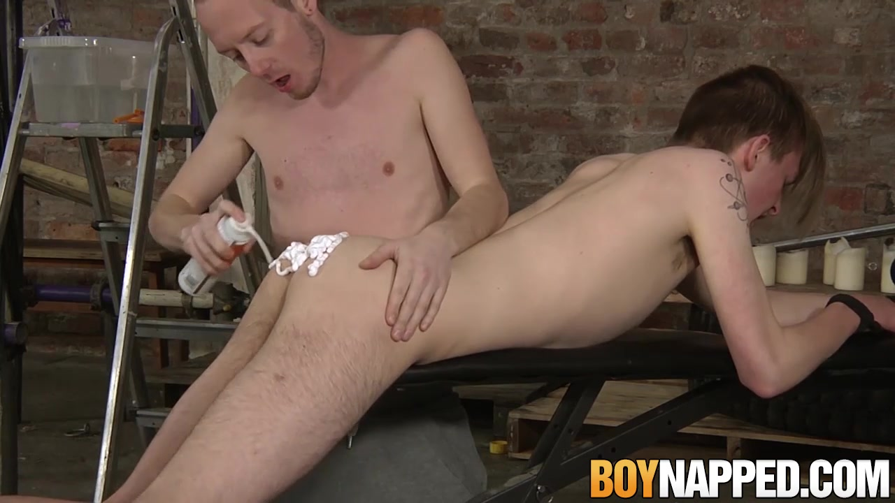 Sean Taylor Casey OConnel in Sean Taylor has bondage fuck session with Casey OConnel - BoyNapped Images of german pussy