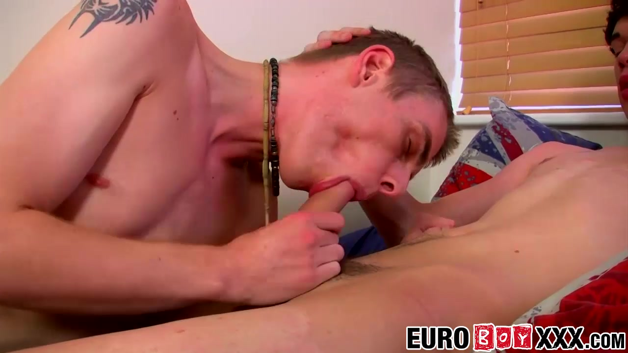 Skye Romeo Leo Foxx in Skinny dick riders Skye Romeo and Leo Foxx smash butts - EuroBoyXXX Juenne filles lesbiennes