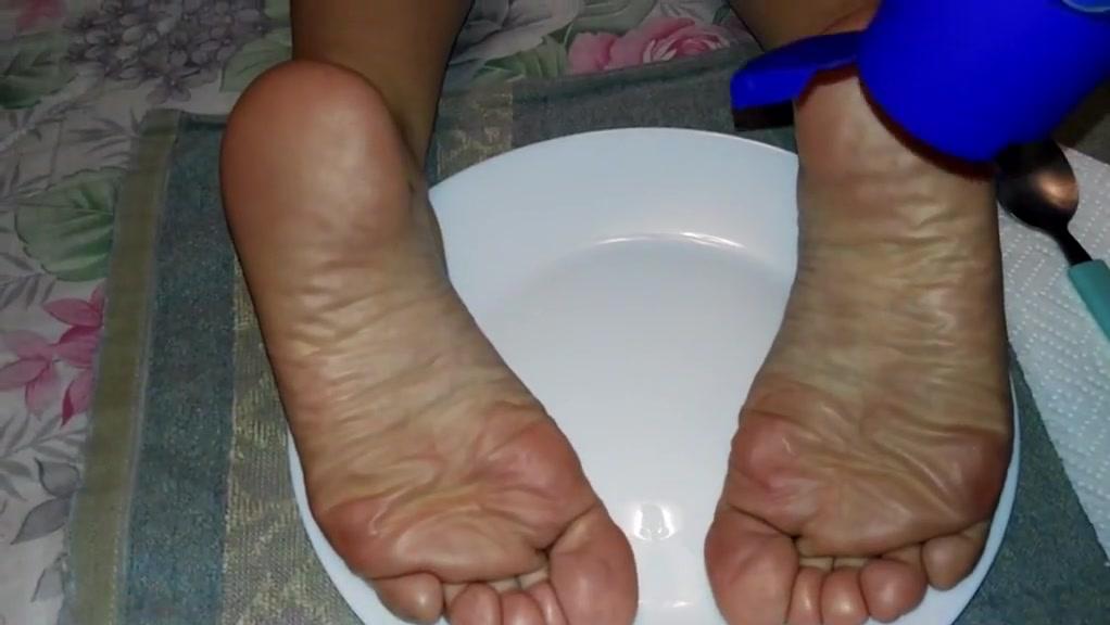 Who wants to eat my wife s feet? Naughty women in Escuintla