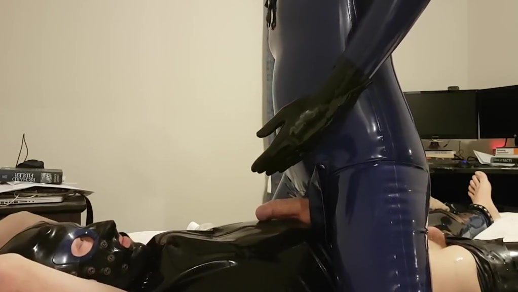 In latex riding a rubber sub Uk Milf Tits