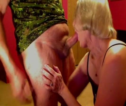 Facefuck slut black girl takes huge dick
