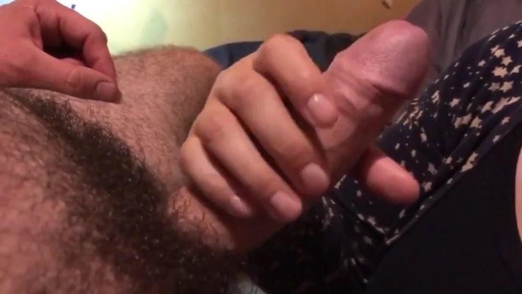 Bonne pipe branlette et ejac Daddy twink rough fuck
