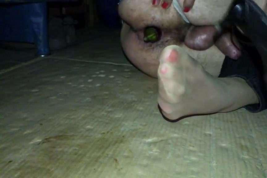 Crossdresser cum on his nylon soles and inside a big dildo milf mobi sex videos watch and download milf mobi full porn