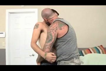 Oso musculoso follando a chico Gina gerson naked free gallery
